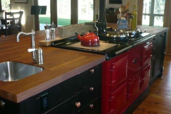 kitchen-220005E674-BE40-CDA3-D47C-34930DA4EC5A.jpg