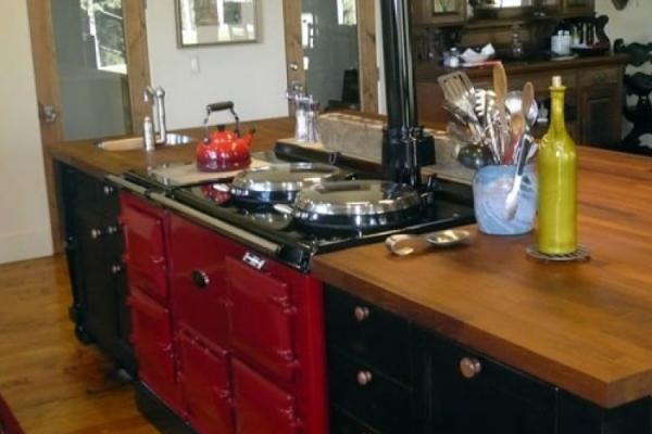 kitchen-901DF48E7-C648-8EC7-38C7-7FAD3E704E0A.jpg