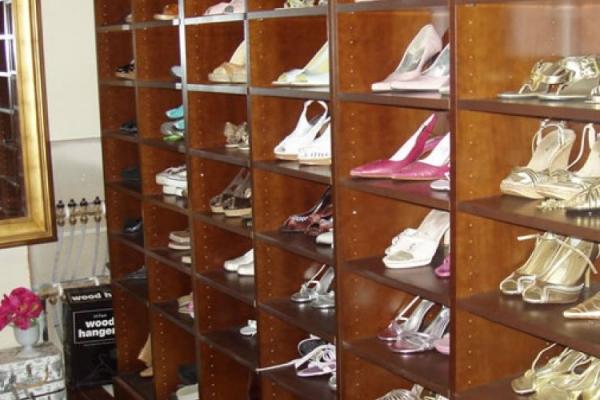 closets-27DDC932A-C802-B6D9-60EE-E8D499A84F7C.jpg